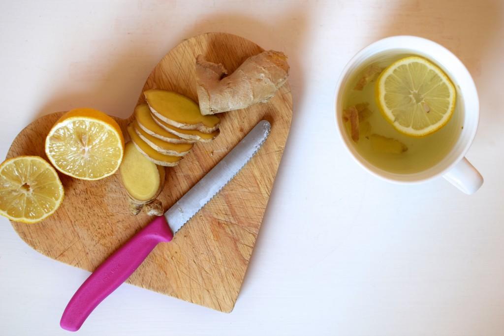 A healthy hug in a mug: {Lemon and ginger tea}