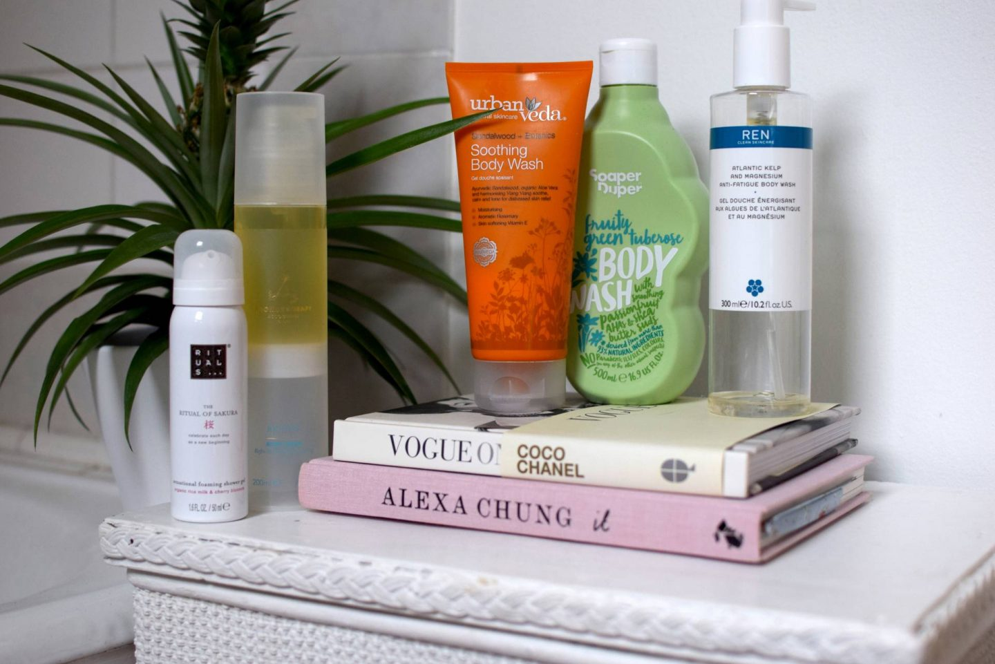 MY TOP 5 BODY WASHES | MEGAN TAYLOR