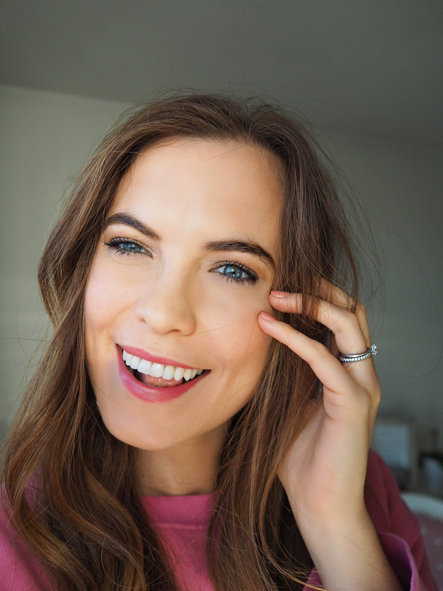 EASY FESTIVE PARTY MAKE UP LOOK | Megan Taylor