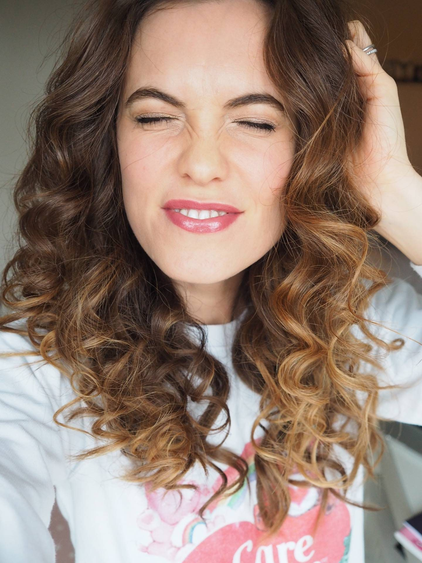 EASY VALENTINE'S HAIR & MAKE UP   Megan Taylor