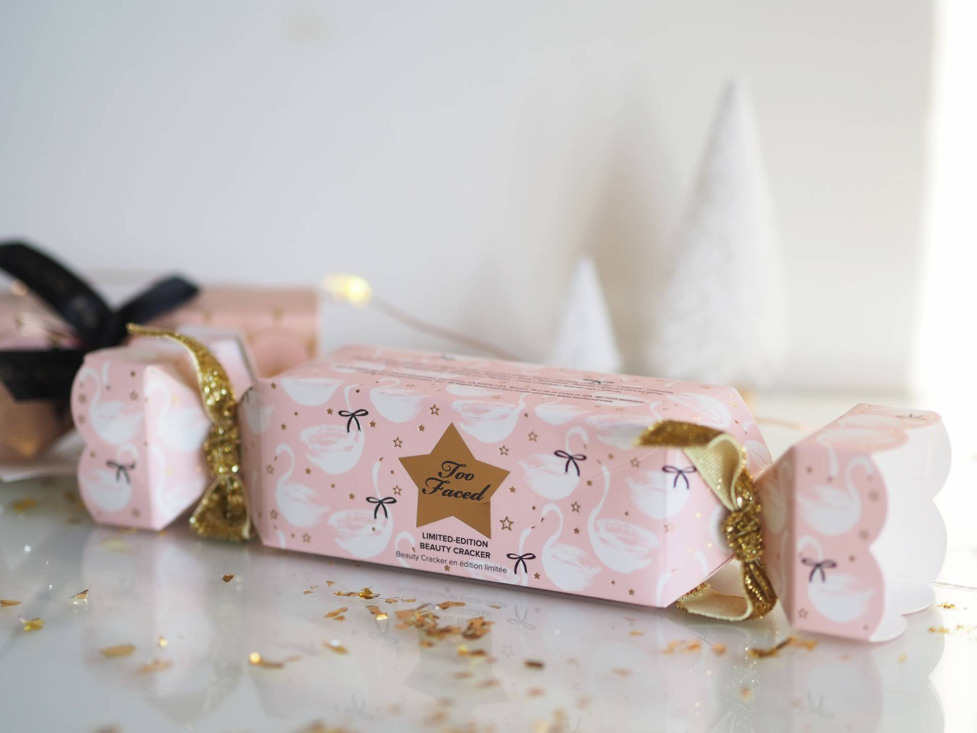 CRACKERS FOR CHRISTMAS | Megan Taylor