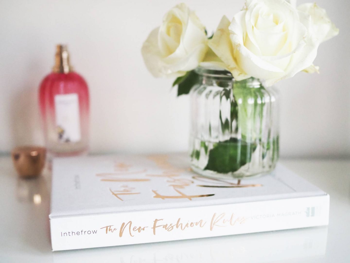 THE BLOGGING BOOKS YOU NEED RIGHT NOW | MEGAN TAYLOR 2